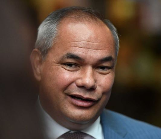 Gold Coast Mayor Tom Tate supports Chinese Belt and Road